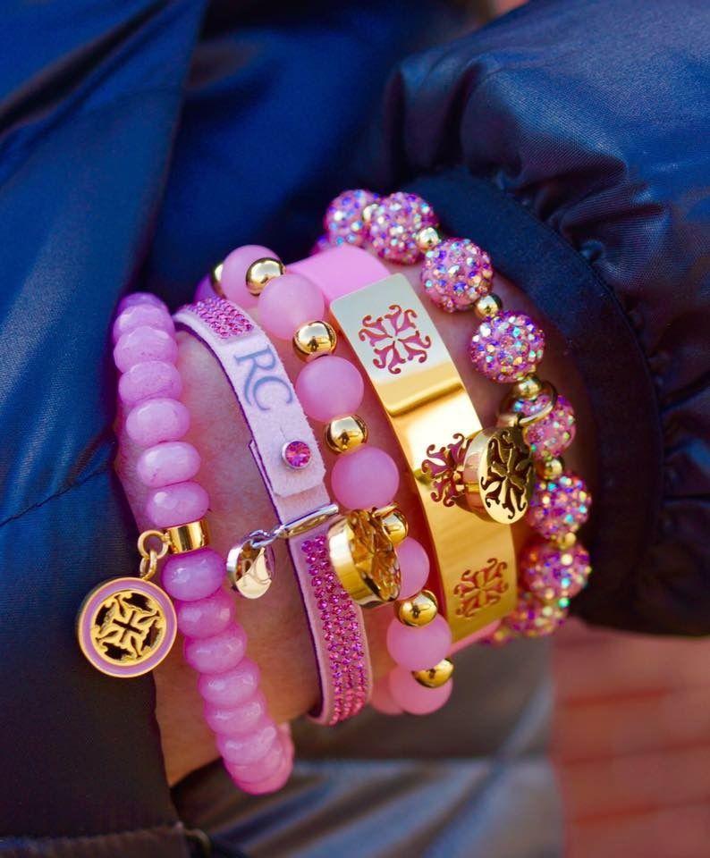 0bf7b9958d1 Pin de Yasmin Mello em Pink.