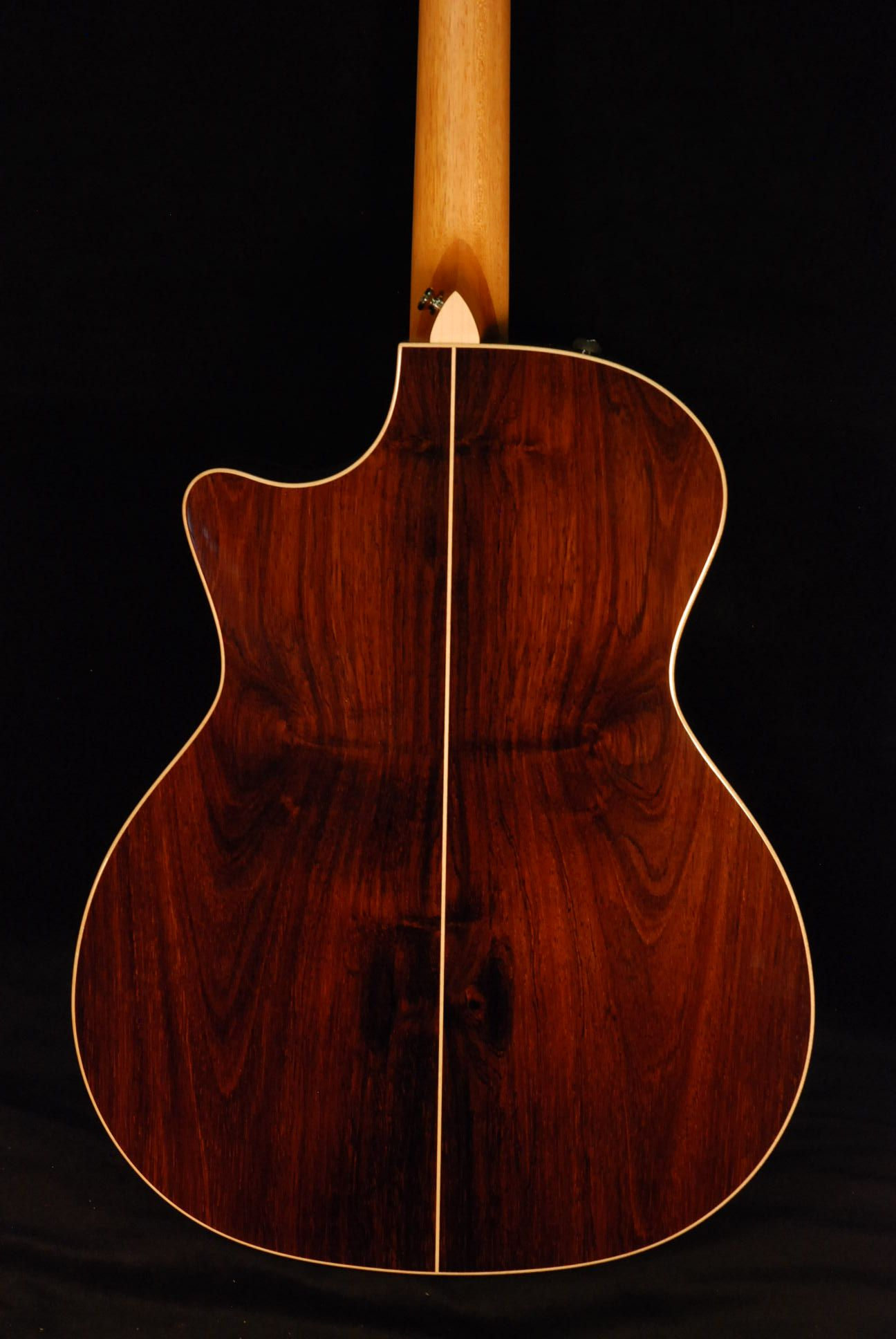 Great Prices Sales And Deals On This Taylor 814ce Brazilian Rosewood