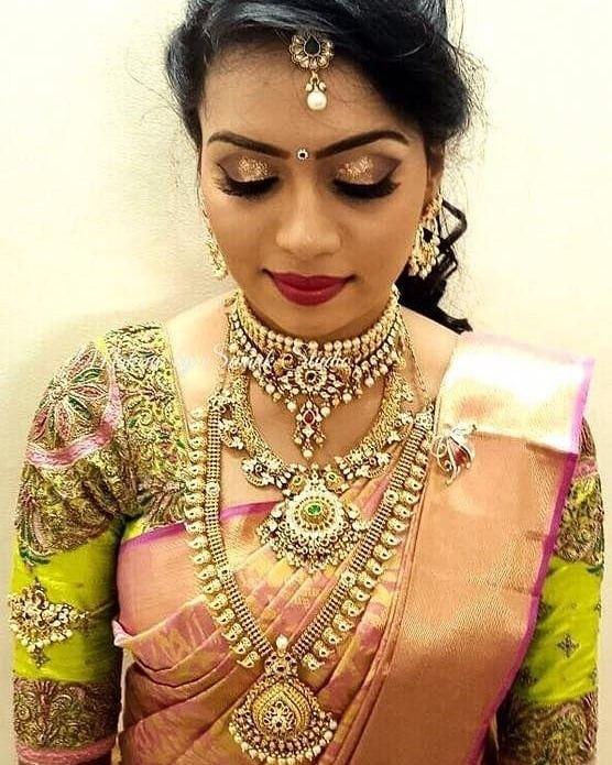 Easy Ladies Hairstyles In Kerala: Pin By ᎪᏦᎪsh ᏒᎪᏆhᎾᏒ On índíαn вrídєѕ/ḊṳḶḧḀṆ