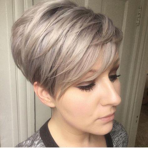 10 Trendy Layered Short Haircut Ideas 2020 - 'Extr