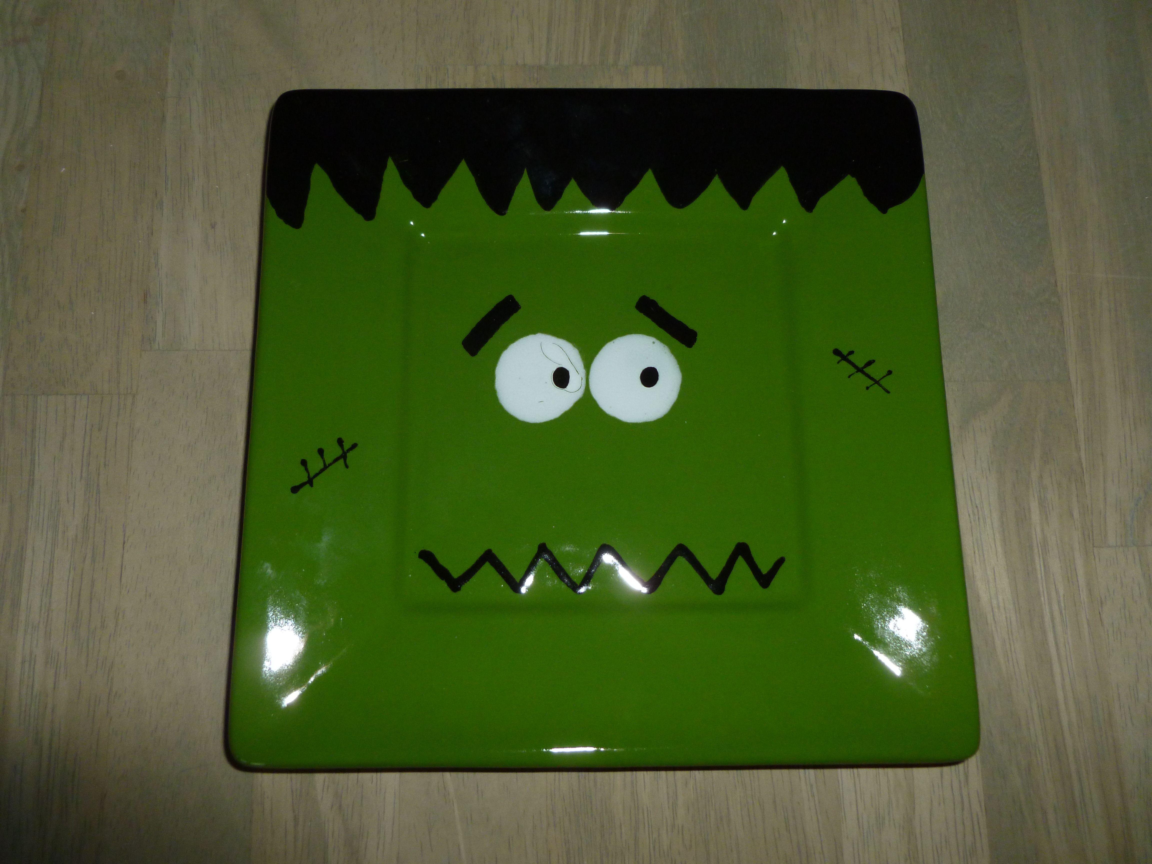 Frankensteinu0027s Monster Plate! & Frankensteinu0027s Monster Plate! | Halloween Tricks and Treats ...