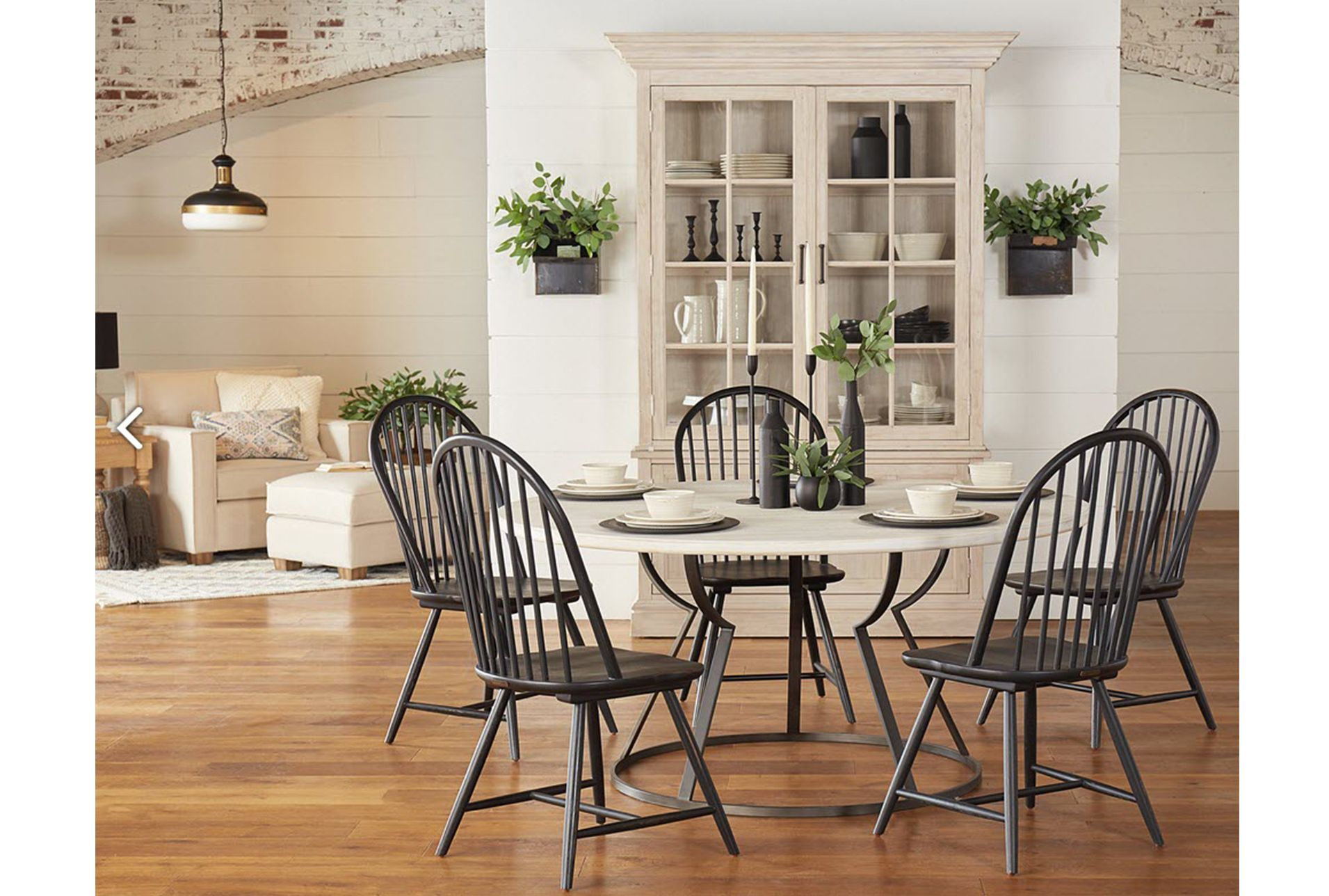 Magnolia Home Belford Dining Table By Joanna Gaines Joanna Gaines Dining Room Magnolia Homes Dining Furniture Makeover