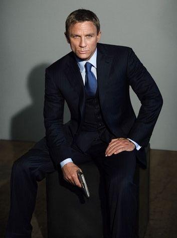 Daniel Craig Casino Royale 2006 He S Not Your Normal