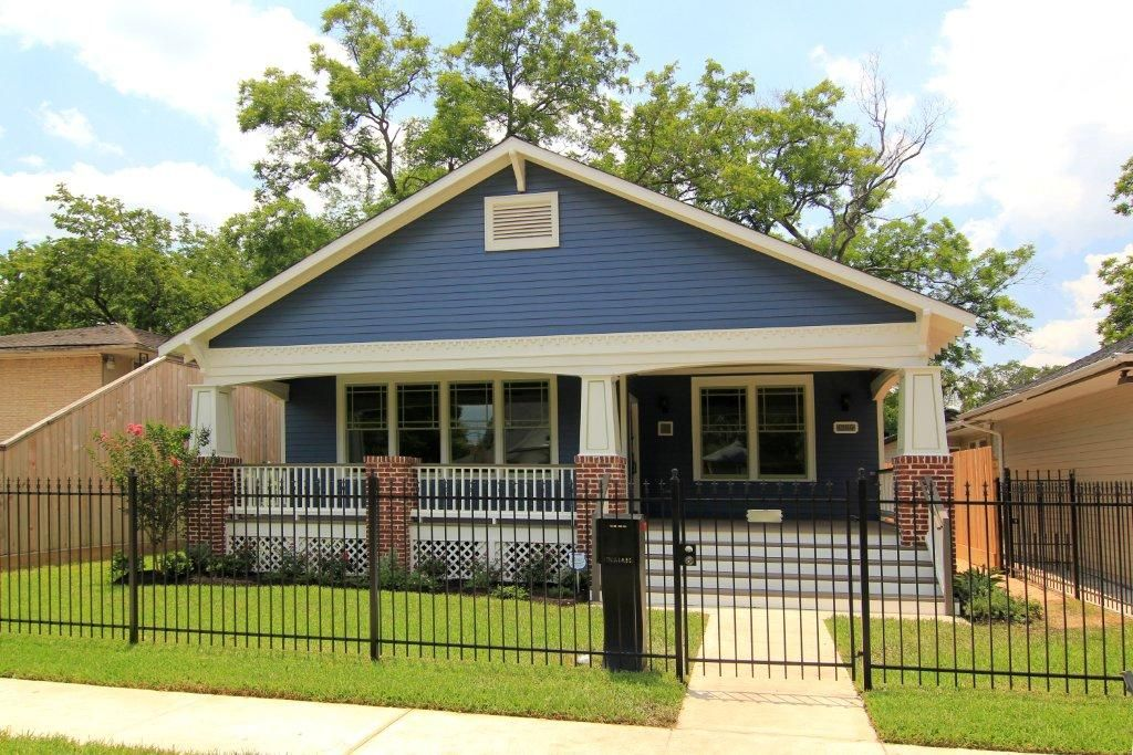 Garage Apartment Renovation In The Houston Heights Area Blue And White Modern Exterior Gated