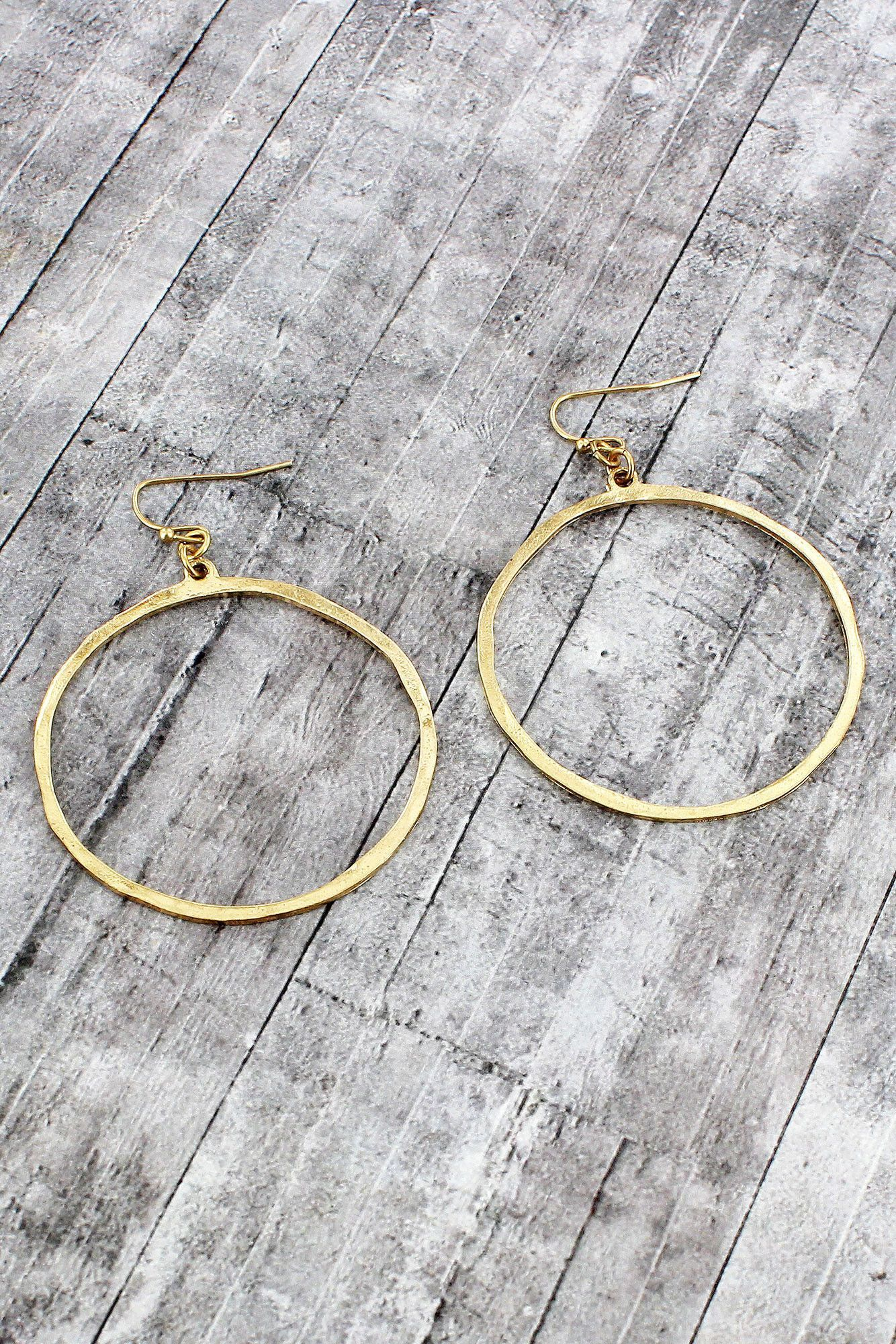 Make A Statement With These Stylish Hoop Earrings!worn Goldtone Hammered  Texture Fish Hook Style With Drop