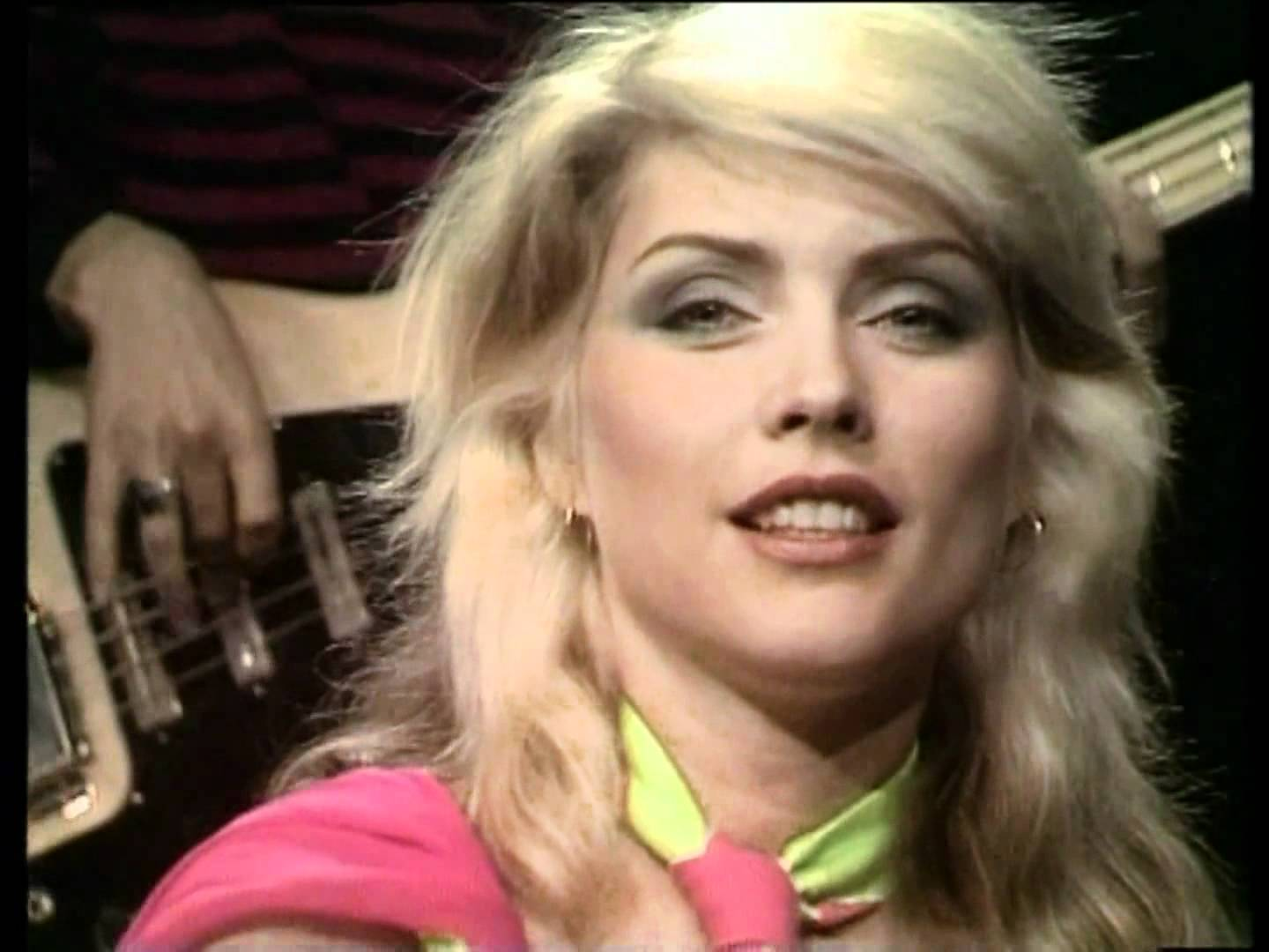 69f32f6c63b5  Blondie  HeartOfGlass. We go back to 1979 when Blondie s Heart of Glass  was at Nº1 in 13 countries including the US and the UK. According to  Rolling Stone ...