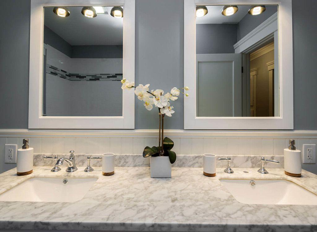 Tips On Choosing Bathroom Countertops, Small Bathroom Countertops