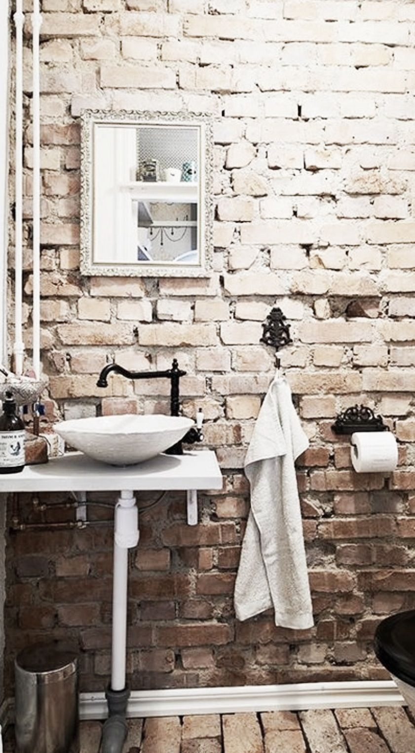 Create An Elegant Statement With A White Brick Wall Design Ideas Brick Bathroom Exposed Brick Rustic Bathrooms