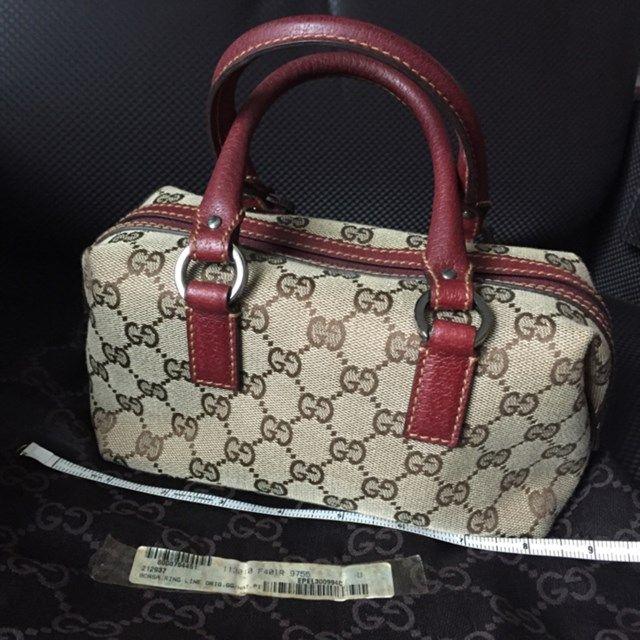 85a5c9a7c90a GUCCI Brand new limited ed mini bag - http   www.reebonz.