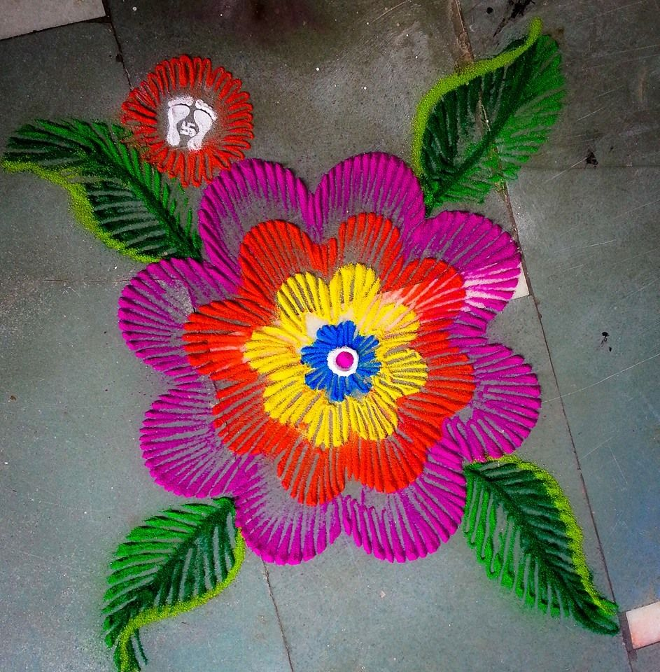 How to make rangoli from finger art Rangoli designs