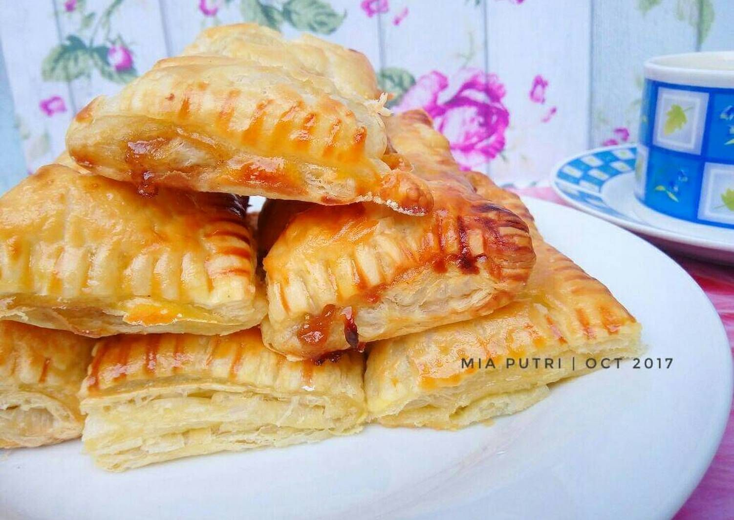 Resep Apple Pie Puff Pastry Simple And Yummy Oleh Mia Putri Resep Pie Apel Puff Pastry Pastry