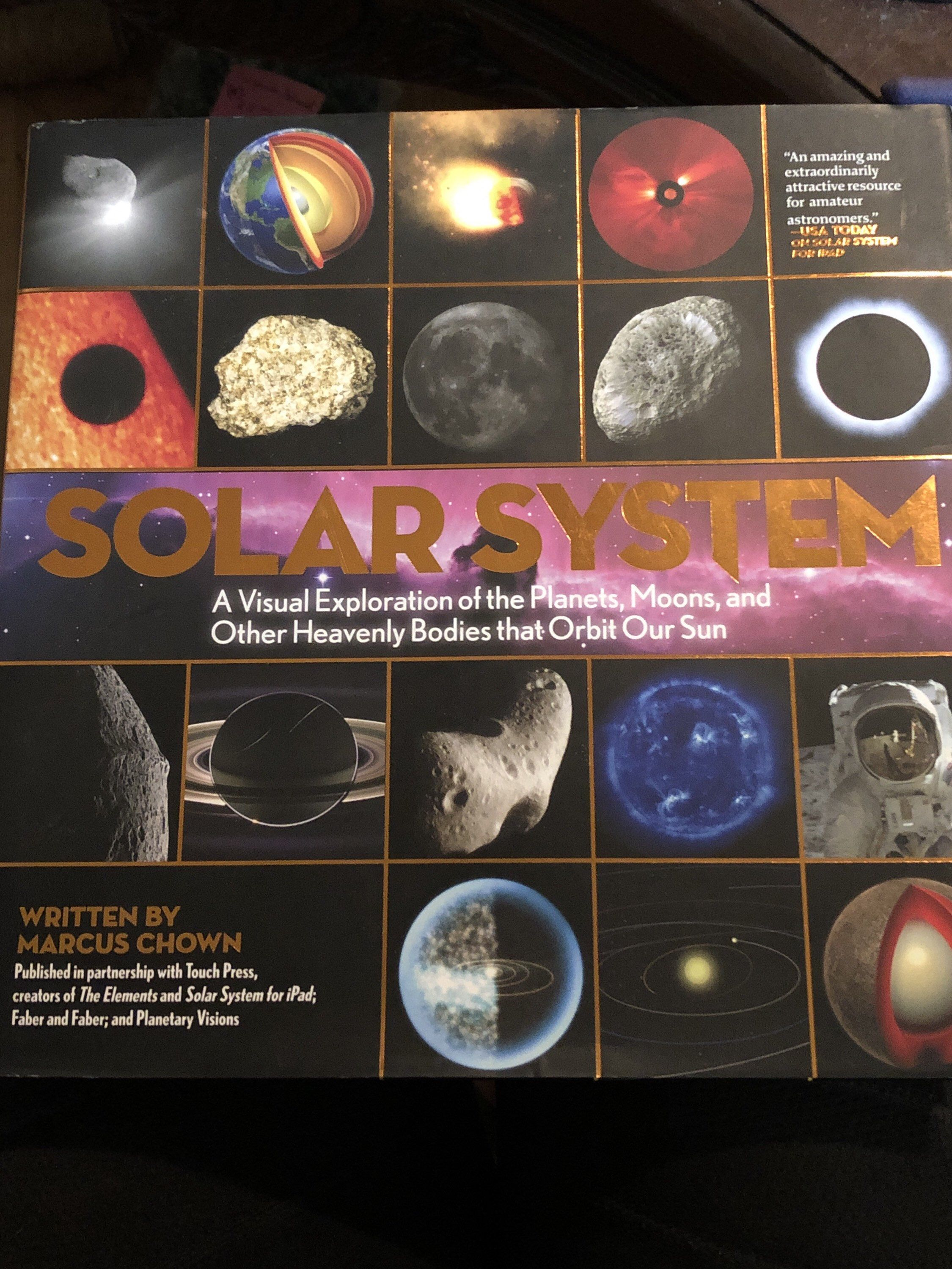 Solar System A Visual Exploration Of The Planets Moons And Other Heavenly Bodies That Orbit Our Sun In 2020 Planets And Moons Solar System Planets
