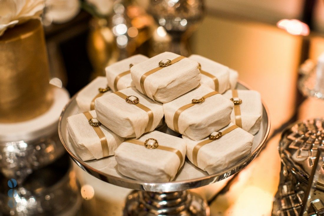Gold Reception Decor Wedding Favors For The Guests Traditional