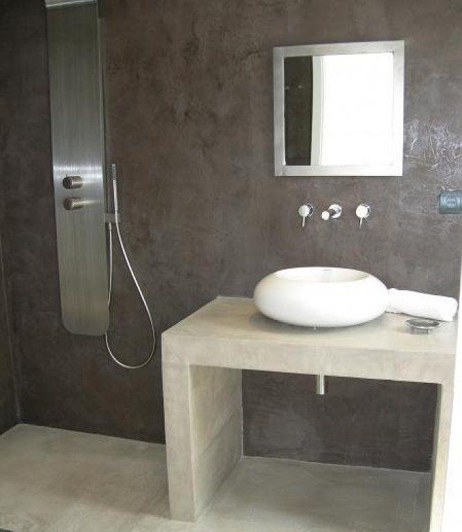 Ba o de cemento alisado o microcemento deco ba o de for Pared de bano de concreto encerado