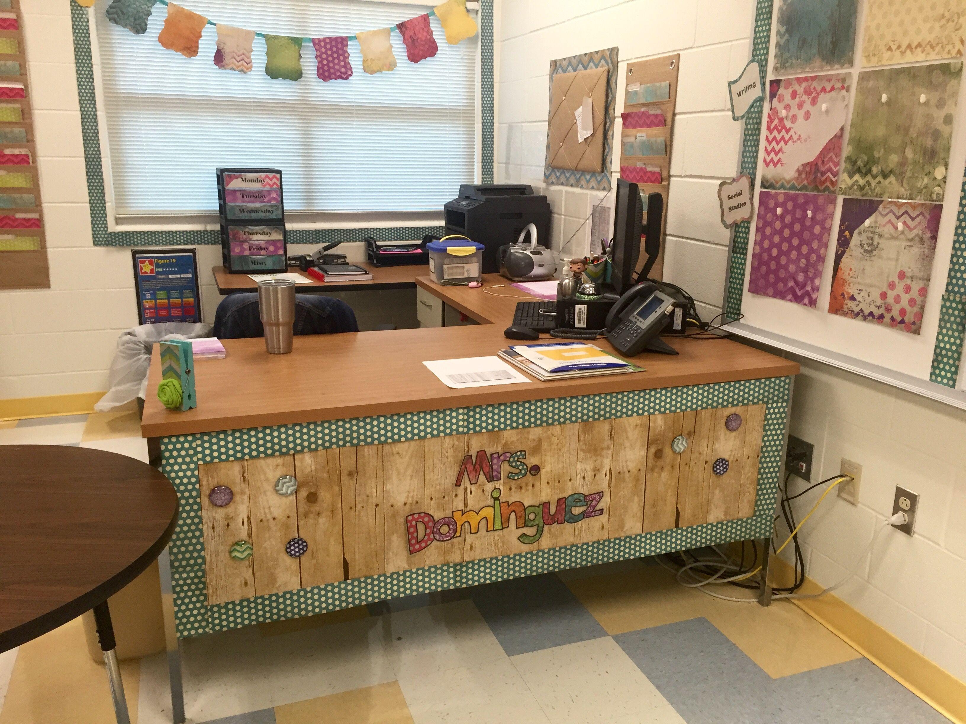 47 Best Classroom Decoration Ideas 32 Design And Decoration History Teacher Classroom Teacher Classroom Decorations Classroom Goals