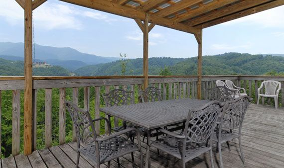 Cornerstone Lodge - 6 Bedroom, 5 Bathroom Large Group Gatlinburg ...