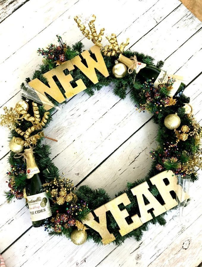 New Year's Eve Wreath DIY - | Door wreaths diy, Diy wreath ...