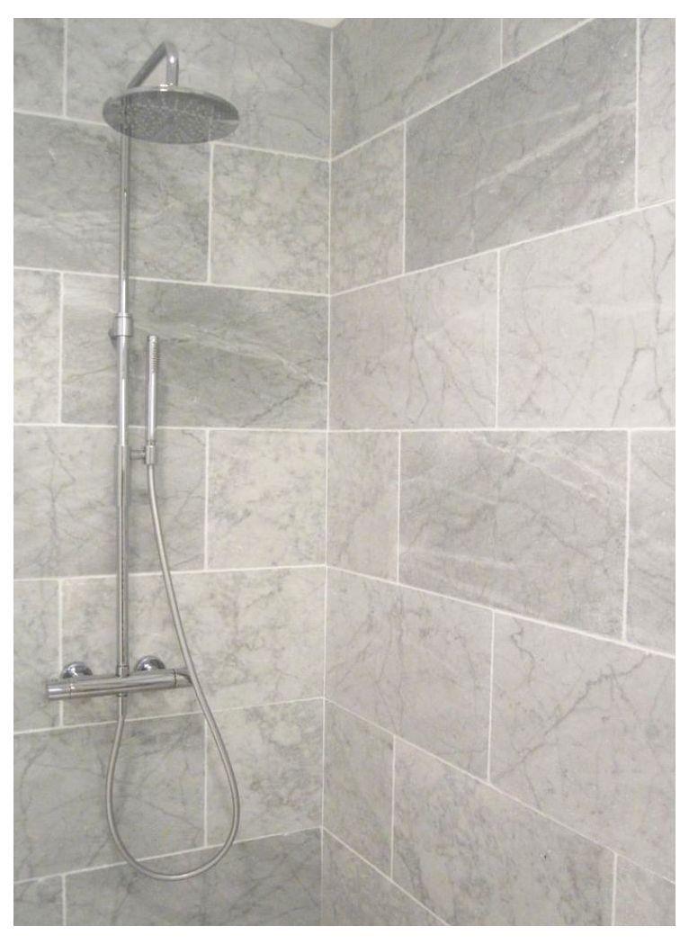 Best Decorative Bathroom Tile Ideas Colorful Tiled Bathrooms Grey Bathroom Bathroom Interio Grey Bathroom Tiles Small Grey Bathrooms Bathroom Shower Tile