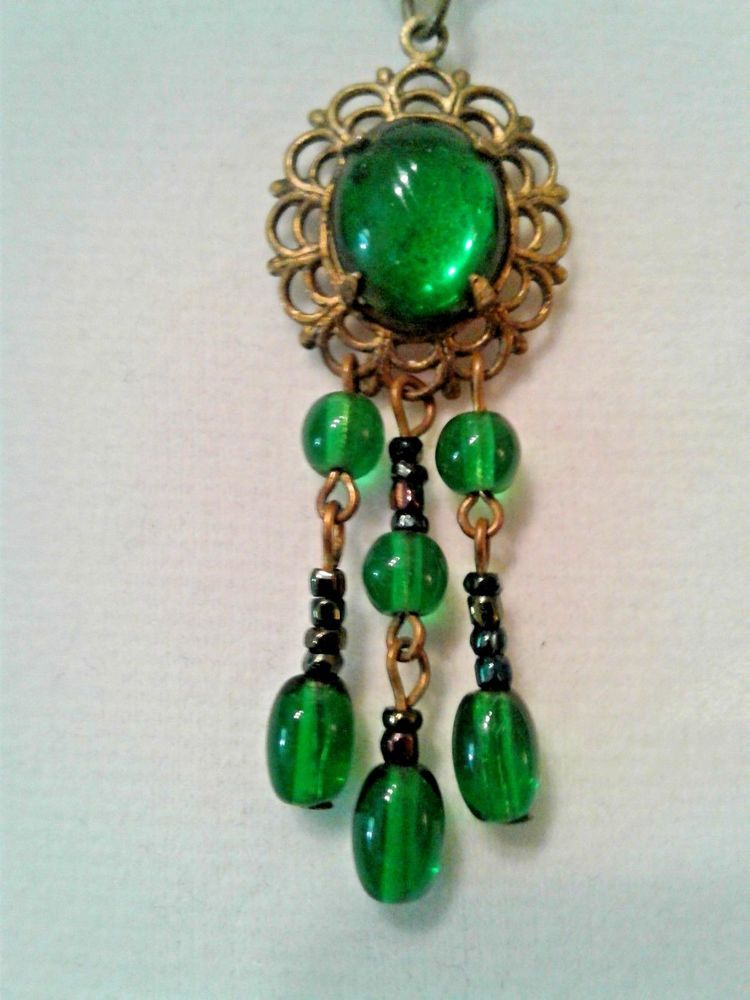 94396616c pendant necklace Victorian Revival emerald green Cab moonglow Drop Dangle  beads