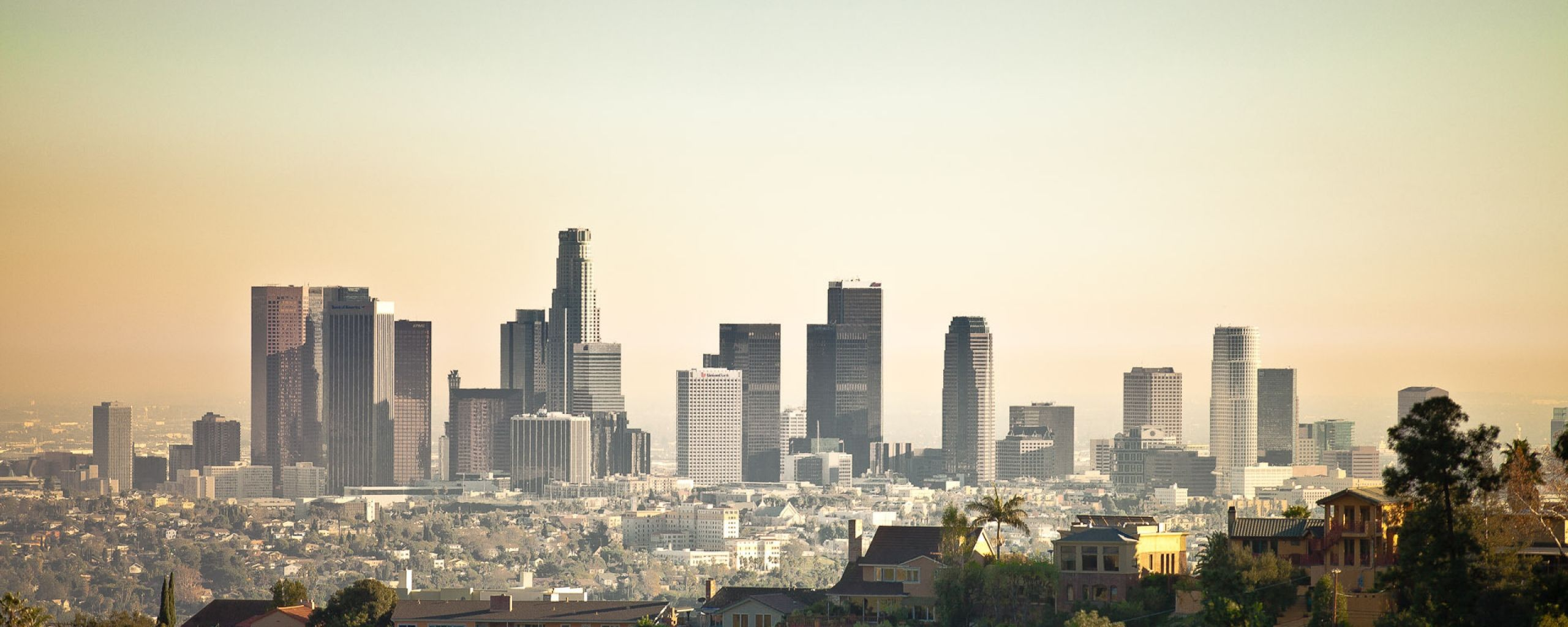 Download Wallpaper 2560x1024 Los Angeles Laguna Beach Buildings Skyscrapers Dual Monitor Resoluti Los Angeles Wallpaper Los Angeles Skyline Los Angeles City