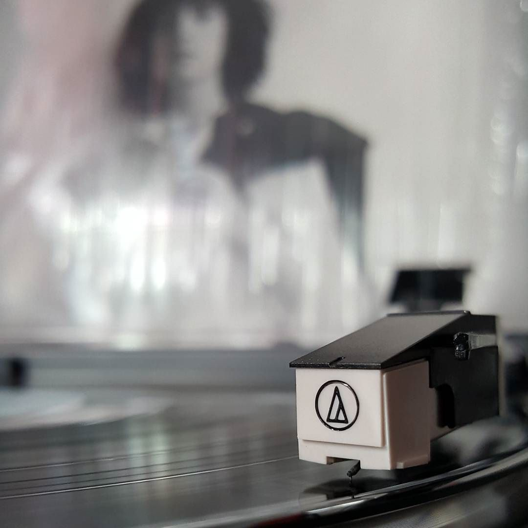 Ashomatic Ashley On Instagram Patti Smith Horses Record Store Day 2012 Release 120 Gram Black Vinyl Pa Record Store Vinyl Addict Patti Smith Horses