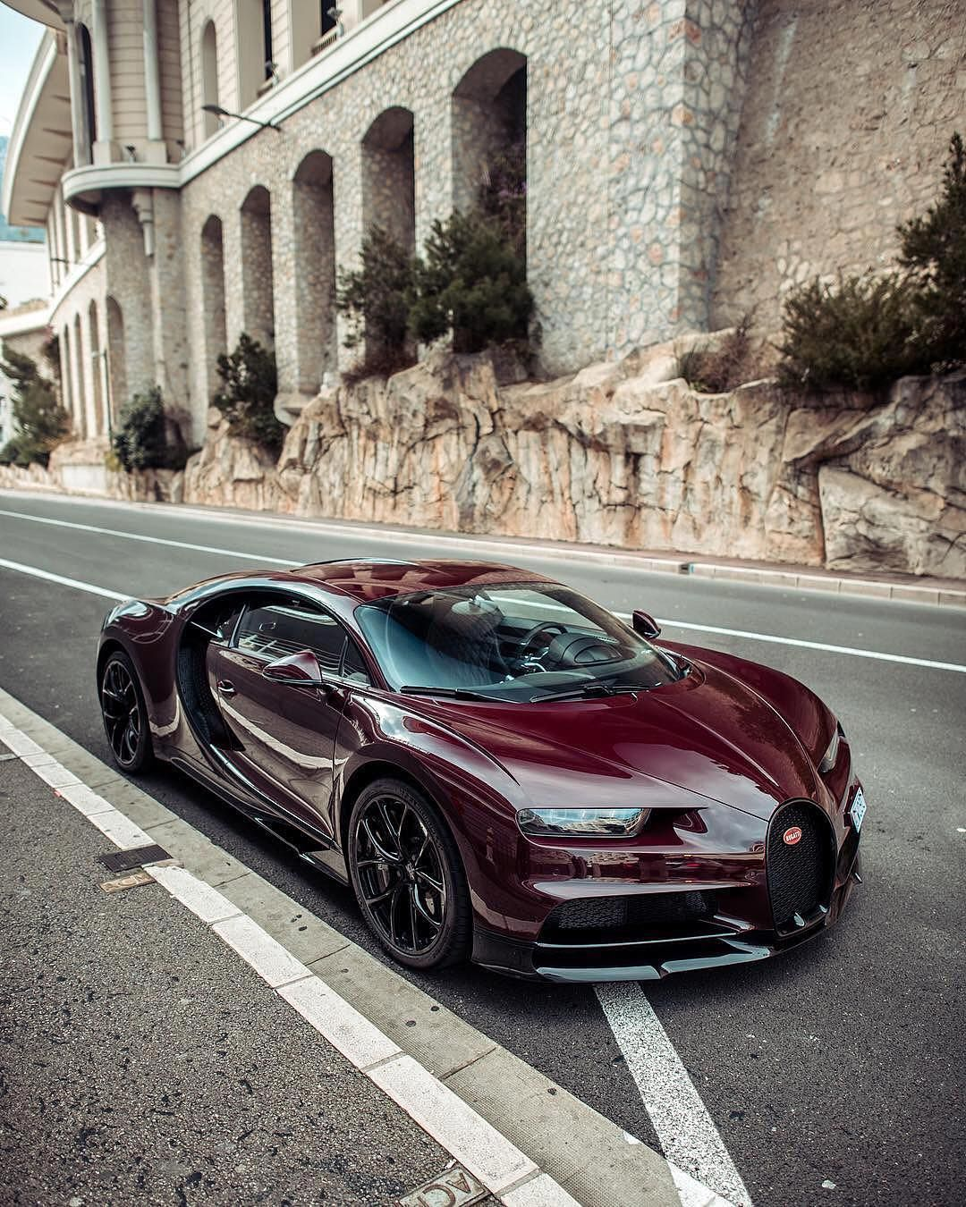 Bugatti Chiron! | Photo by @ccourjon | #blacklist #bugatti ...