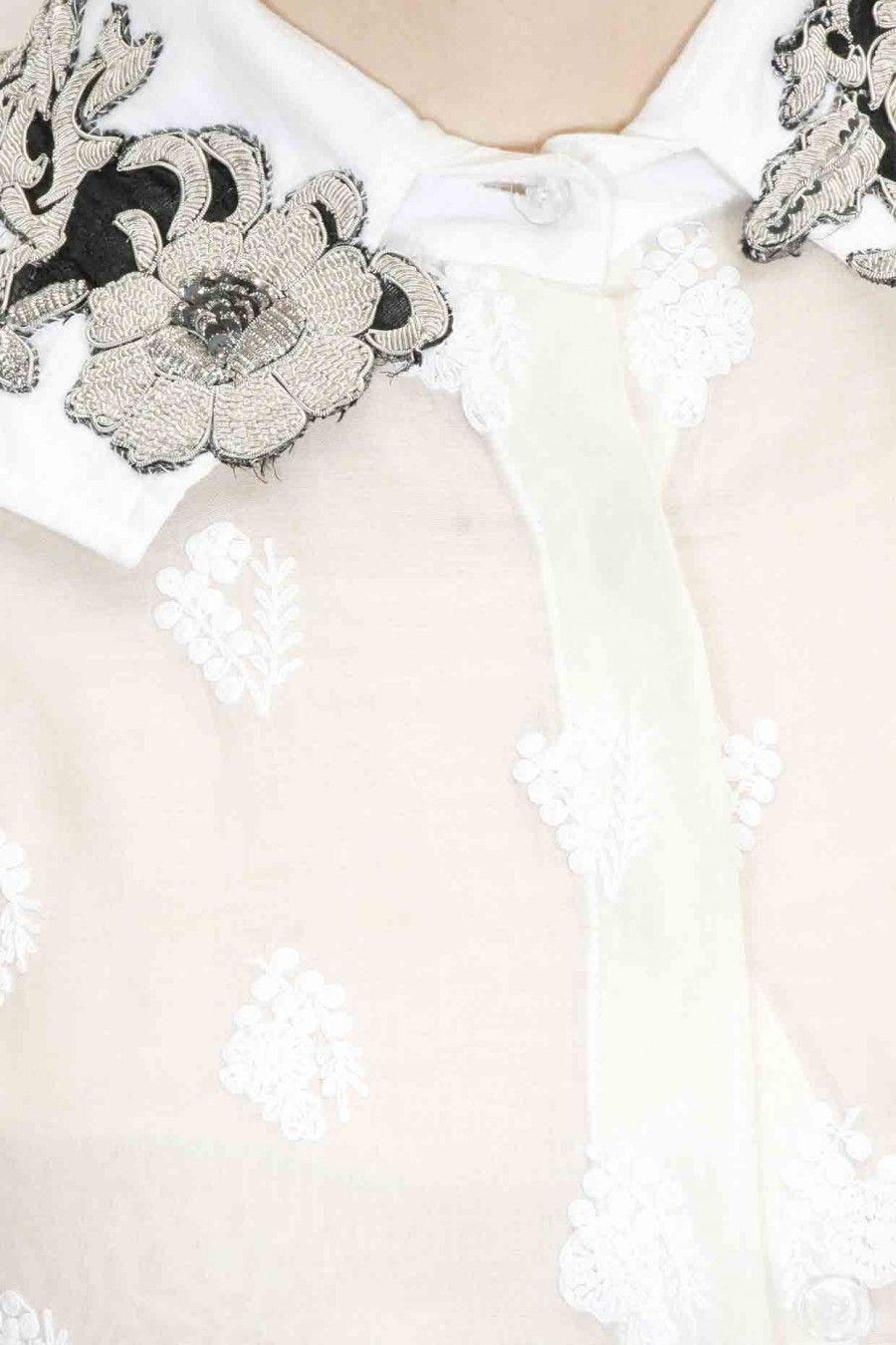 Phenomenal Pernia Qureshis Wardrobe Kurti Love Embroidered Flowers Frankydiablos Diy Chair Ideas Frankydiabloscom