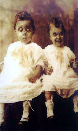Pin By Laurel Tangeman On Ghastly Ideas And Beautiful Monsters Creepy Horror Creepy Pictures Creepy Vintage