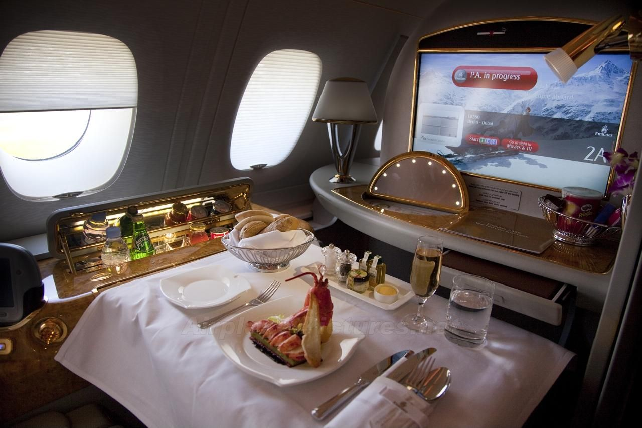 Emirates A Luxury Hotel Up In The Air Emirates Airline Luxury