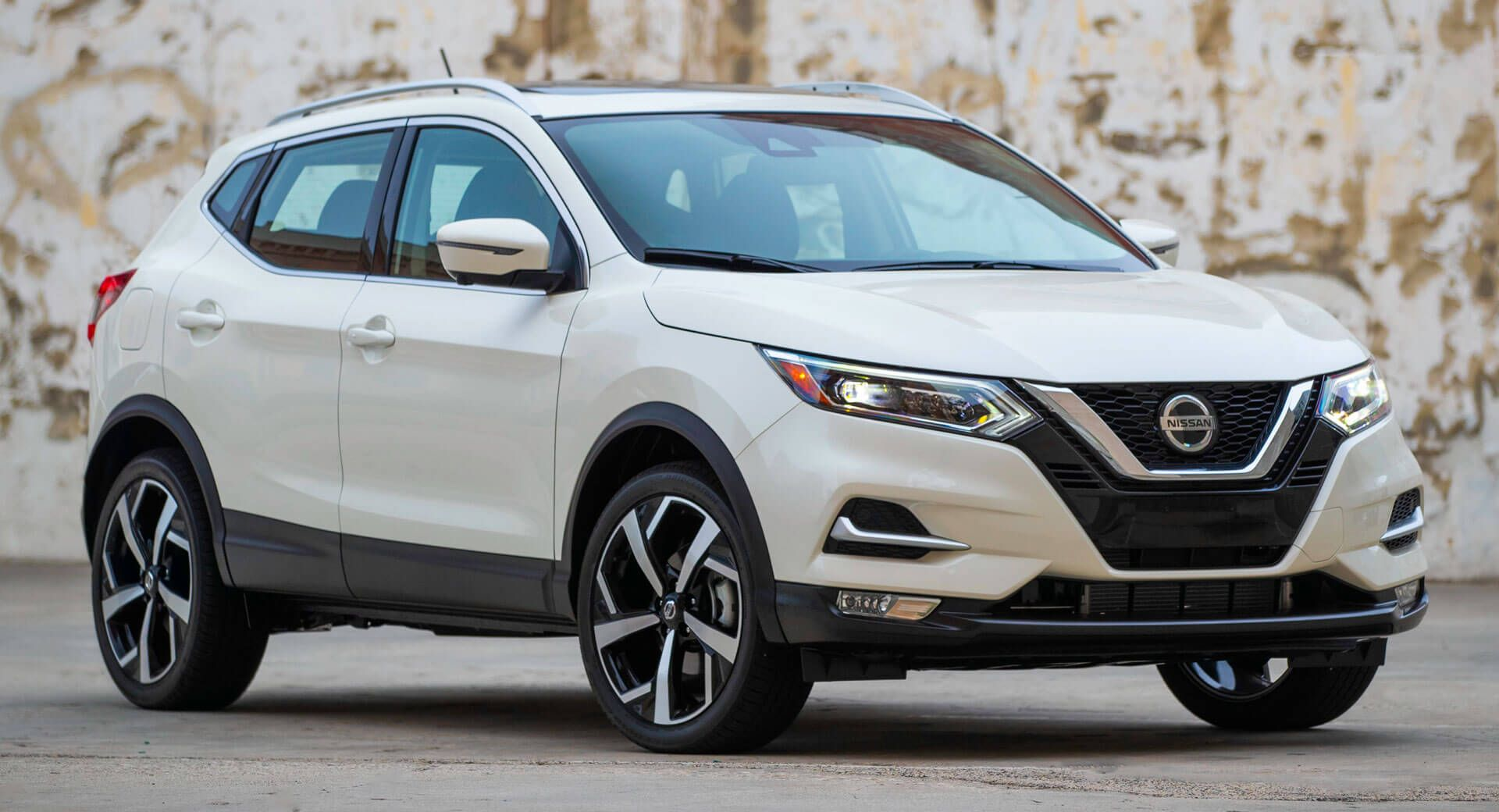 2020 Nissan Rogue Sport Facelift Results In A 900 Price