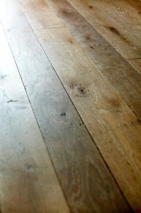 Holzdielen Oder Parkett massiv holz parkett eiche buche erle fertigparkett sockelleisten