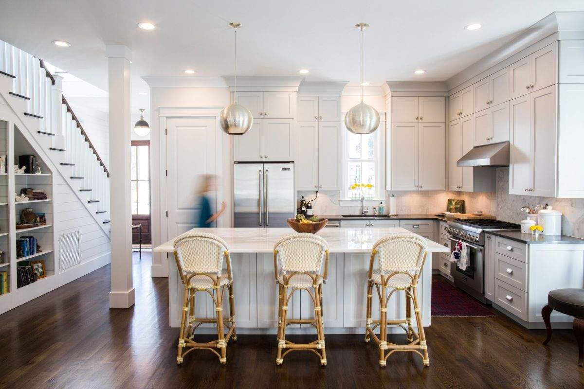I Love How Bright This Is The Ceiling Is 10 Ft So We Might Not Be Able To Do These Cabinets Southern Living House Plans Southern House Plans Kitchen Remodel