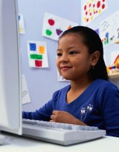 When Should Students Start Using the Internet?