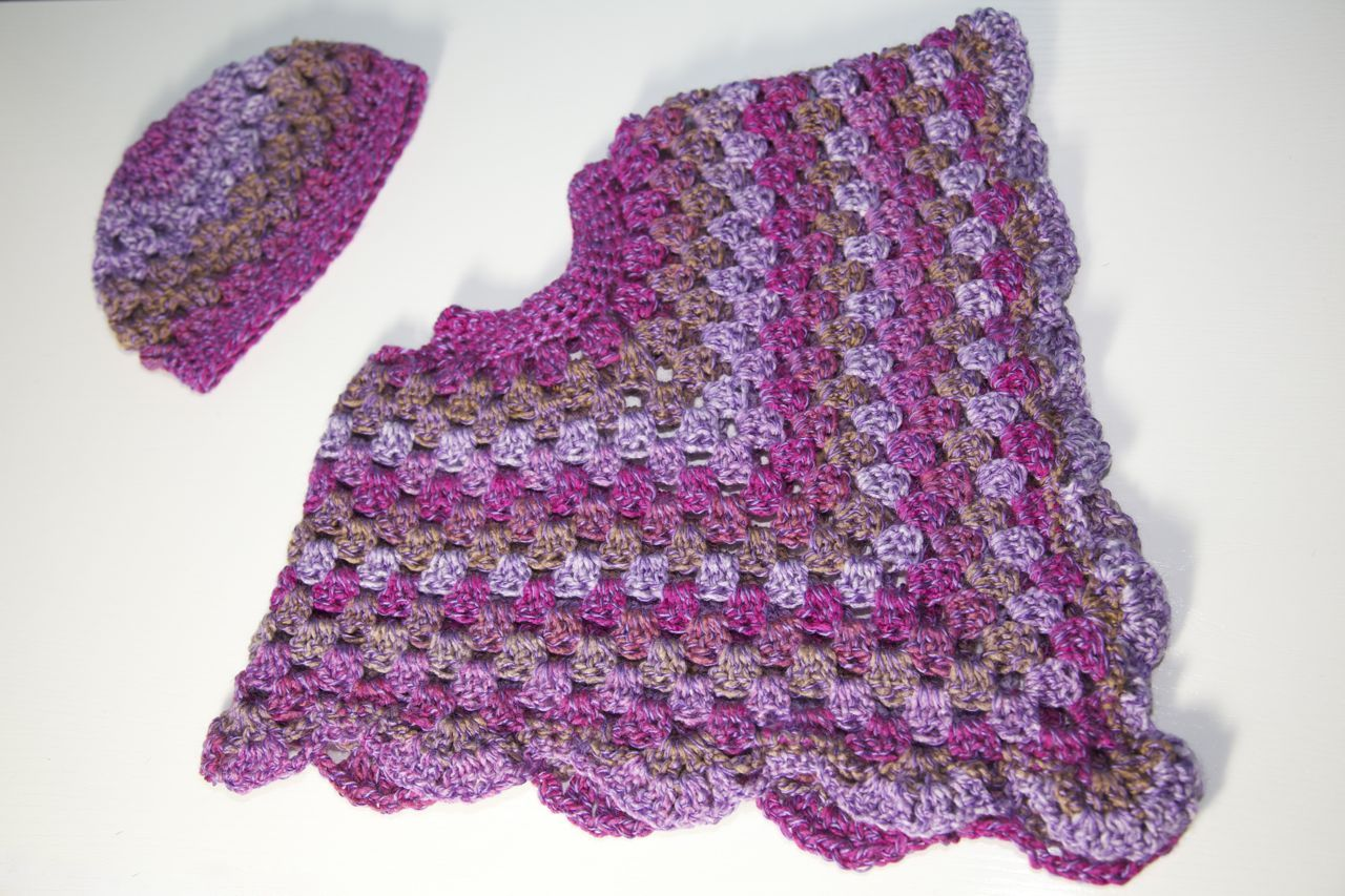 Toddler crochet poncho and matching hat free easy crochet freeeasycrochetpatterns it goes really well with the poncho as dt1010fo