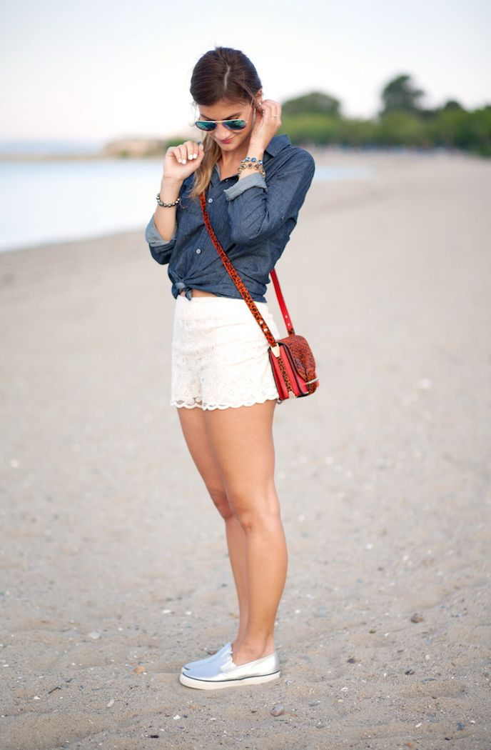 b73b6017cc9ef 26 Stunning Outfit Ideas With Lace Shorts   Fashion World   Lace ...