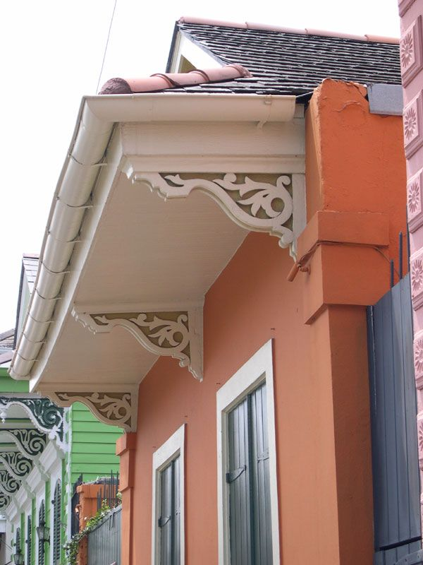 architectural detail, eaves brackets, French Quarter 6