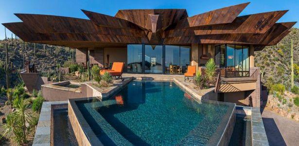 Une résidence dans le désert de l'Arizona avec sa charpente originale en bois | Construire Tendance