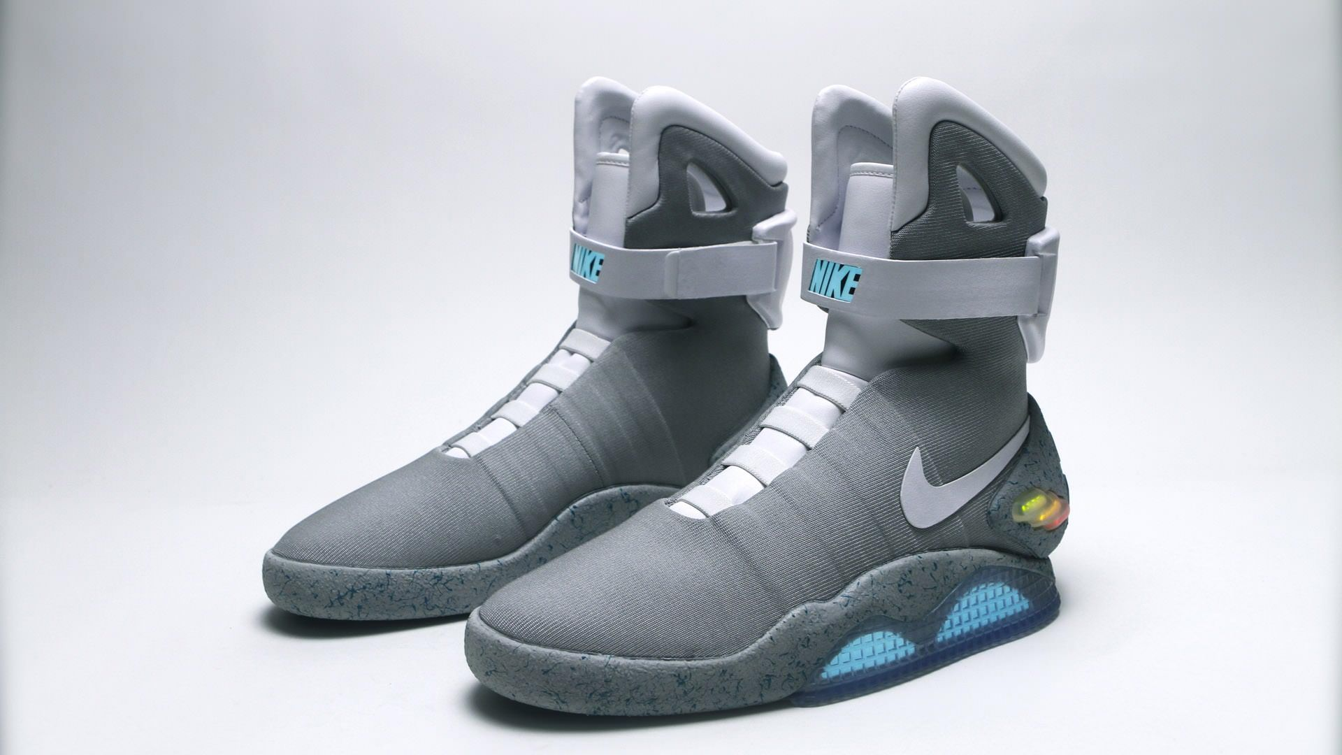 Nike's Tinker Hatfield Touts 2015 Arrival for Marty McFly's Power Laces  (Highsnobiety)