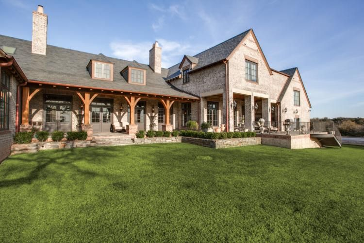 Set on five plus acres in the texas hill country this for Texas hill country home plans
