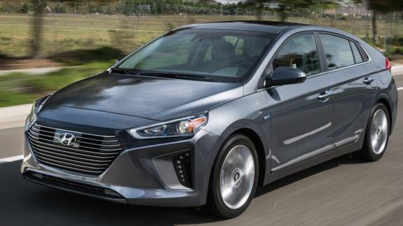 Hyundai S Ioniq Comes In A Trio Of Eco Friendly Flavors Hybird Plug In And Electric Hybrid Car Hyundai Hybrid Hyundai Cars