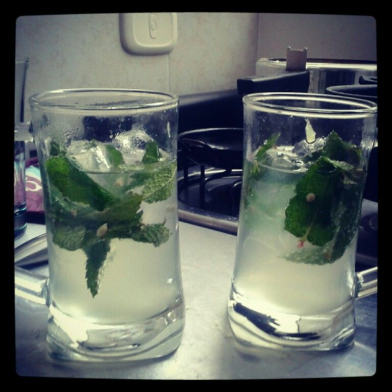Homemade mojitos