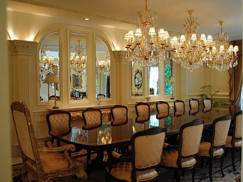 Modern formal dining room wall decor inspiring design for Formal dining room centerpiece ideas