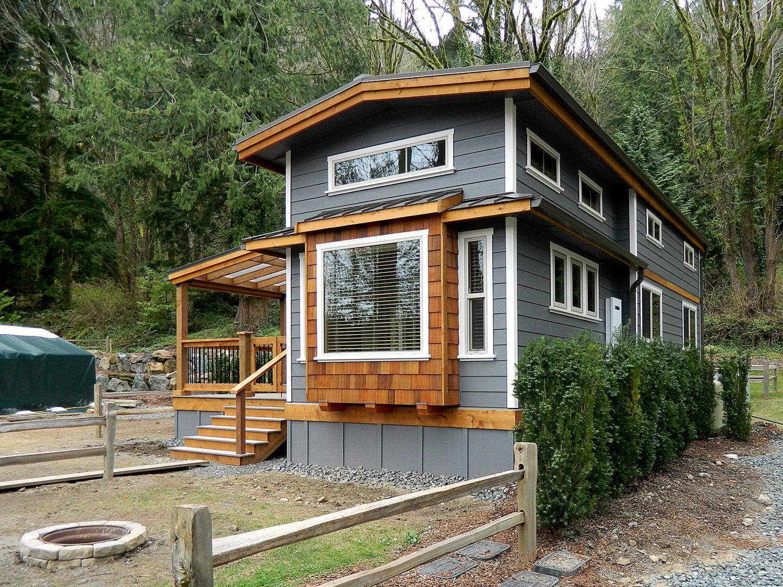 Wildwood Lakefront Cottages Park Models West Coast