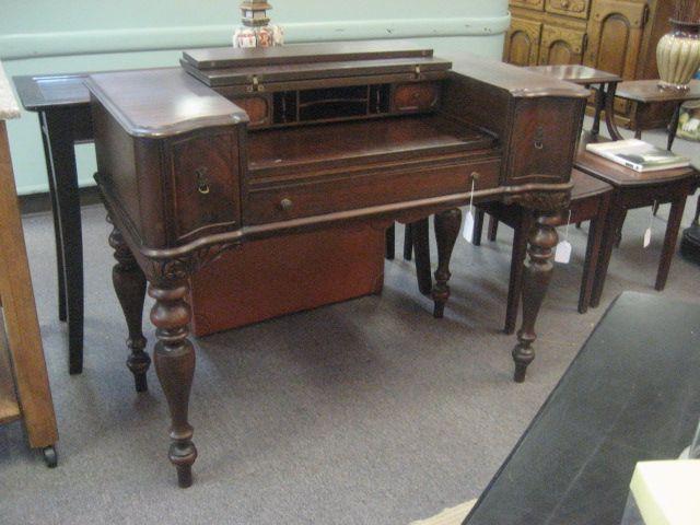 Hekman Spinet Desk Vintage 539 10