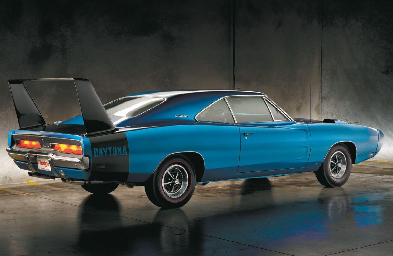 Muscle Car Monday: 1969 Dodge Charger Daytona - Quarto Drives ...