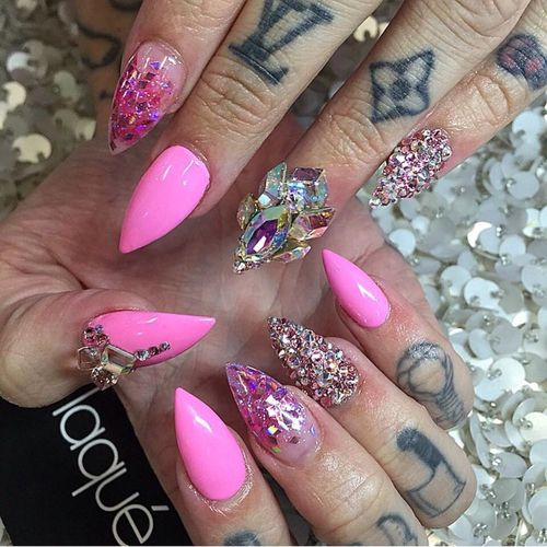 Nails ️ | Via Jeffree Star's official page on Facebook ...