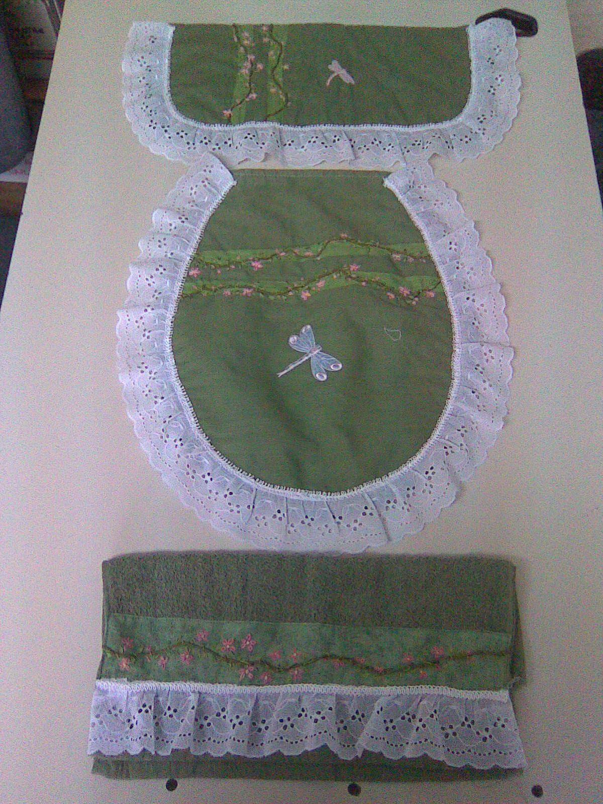 Juego De Bano De Tres Piezas En Verde Juegos De Bano Cortinas Para La Sala Manualidades