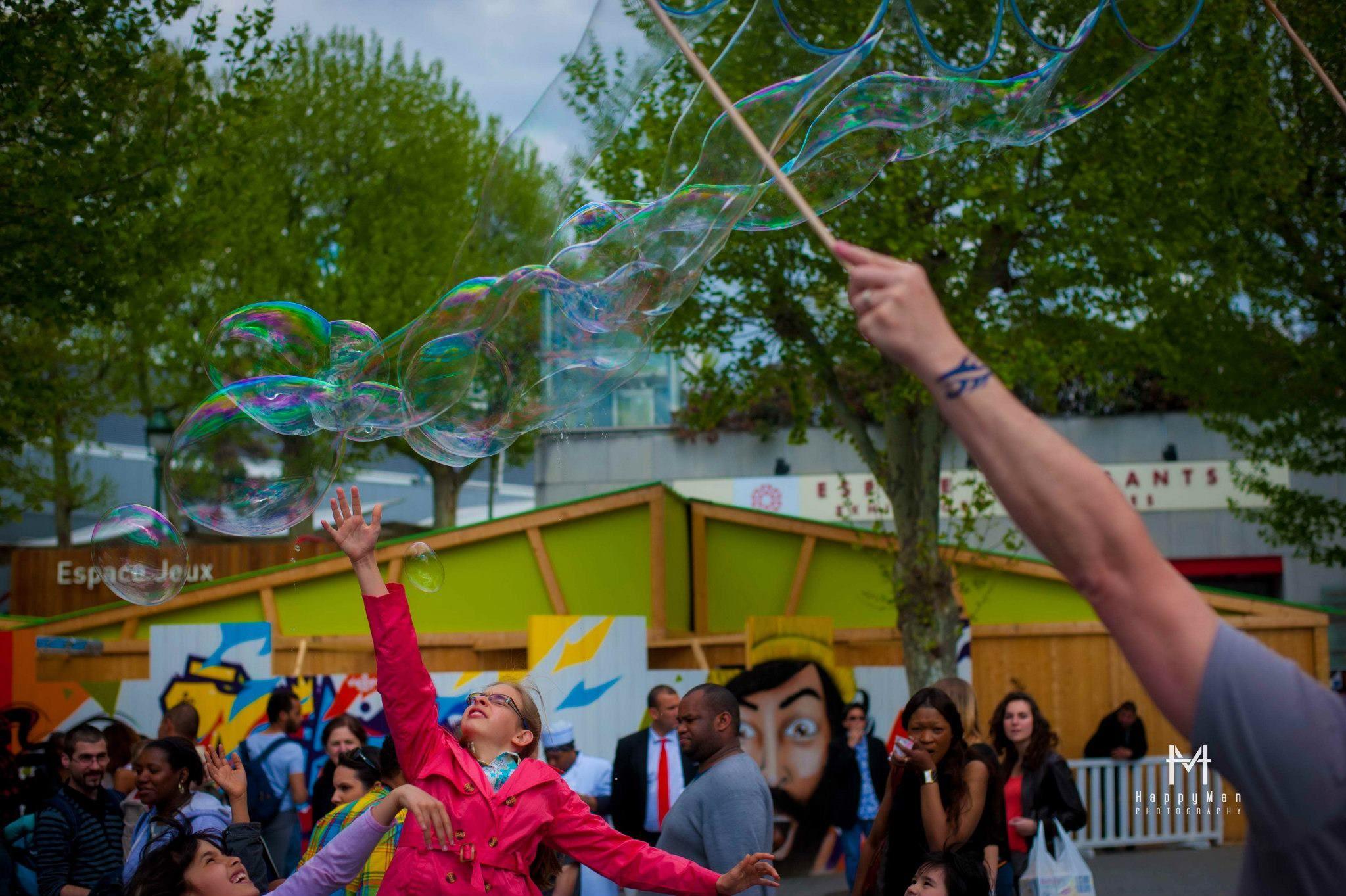 Giant Soap Bubble - Bulles de savon géantes www.fred-bulleur.com