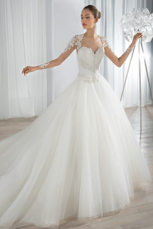 Bridal Gown Demetrios - Style 655 | Wedding stuff | Pinterest ...