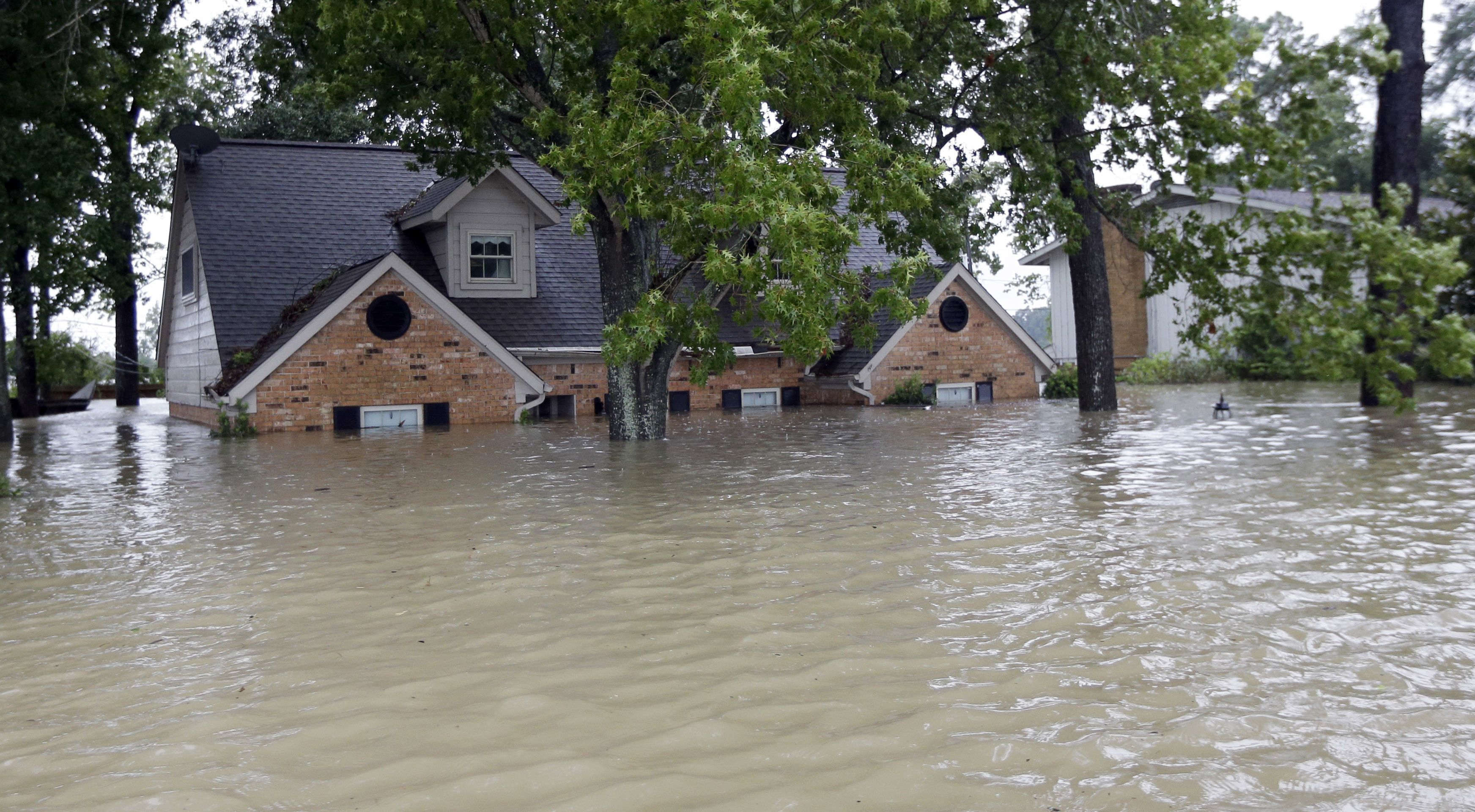 Why Hurricane Resistant Homes Aren T Constructed Bought More Frequently Flood Insurance Flood Risk Homeowner